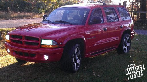 XD Series Rockstar Machined 20x8.5 Wheels and Cooper Zeon Itz Tires on a 2000 Durango
