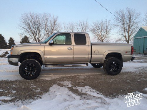 20x12 Fuel Hostage wheels with LT305/55/20 Nitto Terra Grappler G2 tires on a 2004 Chevy Silverado 1500