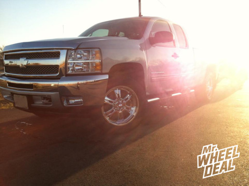 """20x9"""" Ultra 286C Wheels with LT285/55/20 Toyo AT II Tires on a 2013 Chevy Silverado 1500"""