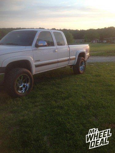 20x10 Gear Big Block 726 Chrome wheels on a 2000 Chevy