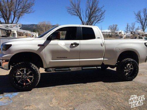 """22x12"""" Fuel D260 Maverick -44 wheels with 35X12.50R22 Atturo Trail Blade MT tires on a 2007 Toyota Tundra"""