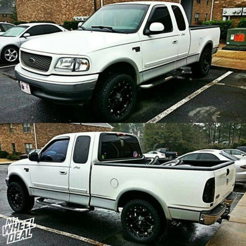 "20x9"" Fuel Off-Road Hostage Black wheels on a 2000 Ford F150"