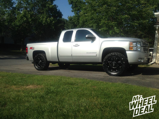 """20x9"""" Fuel Hostage Wheels with LT295/55/20 Nitto Trail Grappler MT Tires on a 2012 Chevy Silverado 1500"""