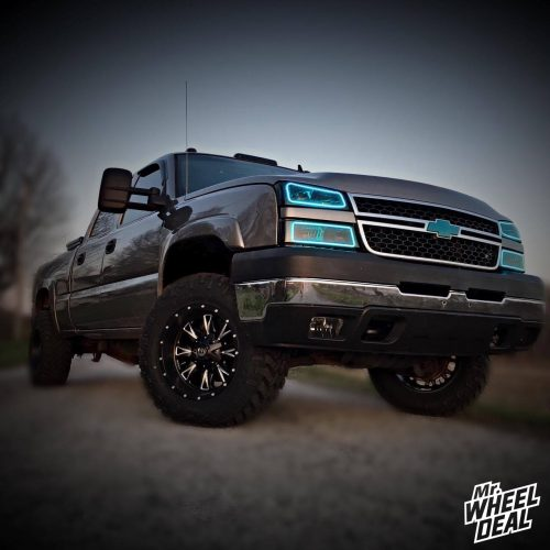 """18x10"""" Fuel Off-Road Throttle wheels with 285/65/18 Nitto Trail Grappler tires on a 2006 Chevy Silverado 2500HD"""