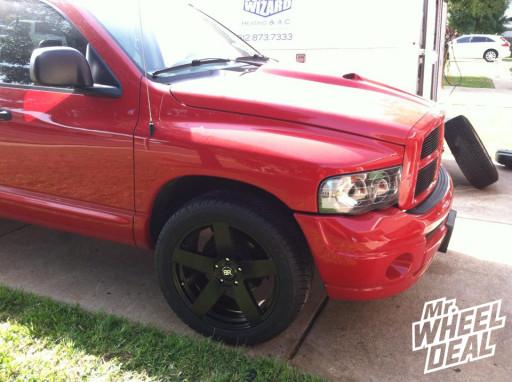 "22x9.5"" Black Rhino Everest Black Wheels with 305/45/22 Hankook RH06 Ventus Tires on a 2005 Ram 1500"