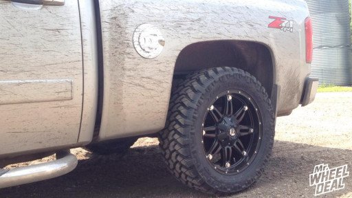 20x9 Fuel Off-Road Hostage wheels with LT295/55/20 Nitto Trail Grappler tires