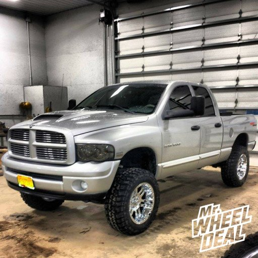 20x10 Moto Metal 951 Chrome Wheels with 35x12.50x20 Federal Couragia MT Tires on a 2004 Dodge Ram 1500