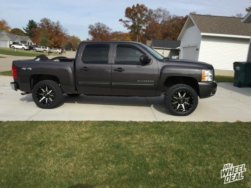 2010 Chevy Silverado 1500 with 20x10 Fuel Offroad Maverick wheels -12mm and 285/55/20 Toyo Open Country AT II tires