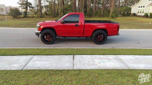"""2008 Chevy Colorado with 20x12"""" Moto Metal 969 Black wheels and 33x12.50r20 Federal Couragia MT tires"""