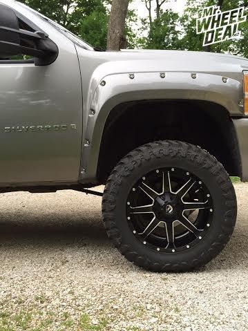 20x10 Black Fuel Maverick wheels with 35x12.50x20 Atturo Trail Blade MT tires on a 2008 Chevy Silverado 1500