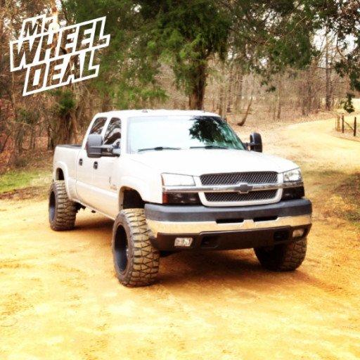 """20x10"""" Ultra Wheels on a 2004 Chevy Silverado 2500HD"""
