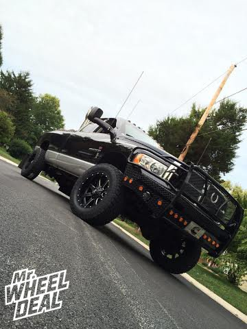 """2005 Ram 2500 20x10"""" Fuel Offroad Maverick Wheels with LT35x12.50x20 Toyo Open Country AT II Tires"""