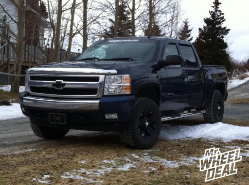 "17x9"" XD Rockstar Black Wheels on a 2008 Chevy Silverado 1500"