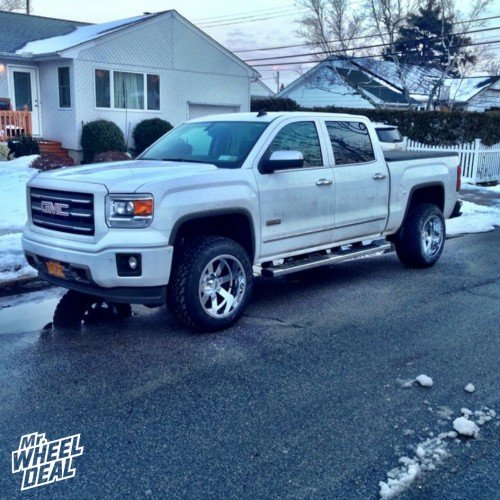 20x12 Moto Metal 962 Chrome wheels on a 2014 GMC Sierra 1500