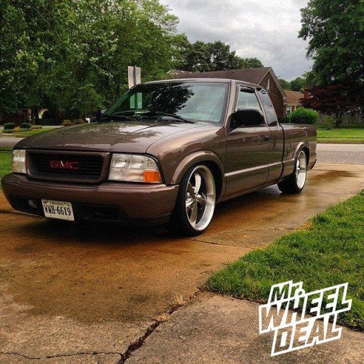 20x8.5 and 20x10 Ridler 695 Gray Wheels on a 1999 GMC Sonoma 2WD