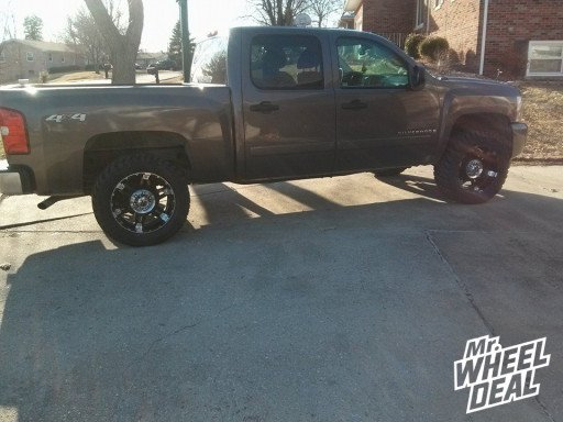 "20x9"" XD Spy Black Wheels on a 2007 Chevy Silverado 1500"