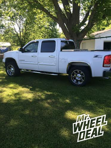 20x10 Fuel Offroad Hostage Chrome wheels with 33X12.50R20 Federal MT Tires on a 2009 GMC Sierra 1500
