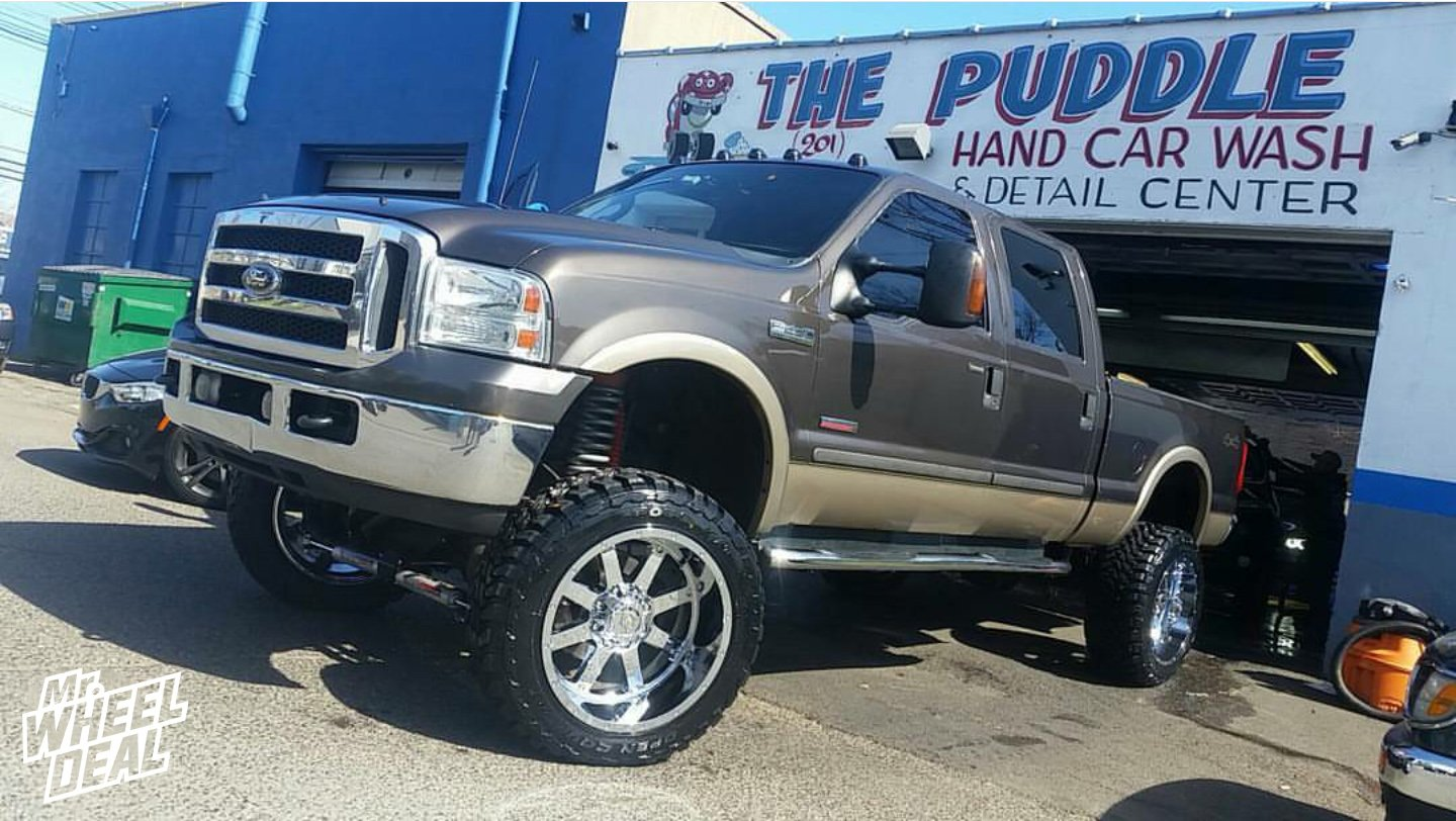 """22x12"""" Chrome Gear Alloy Big Block -44mm wheels with 35x1250x22 Toyo Open Country MT tires on a 2005 Ford F-250"""