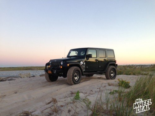 17x8.5 Method NV Machined 0 offset wheels with LT315/70/17 Mickey Thompson MTZ tires on a 2011 Jeep Wrangler