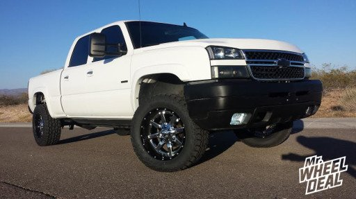 "20x10"" Fuel Maverick Wheels with LT305/55/20 Toyo Open Country AT II Tires on a 2006 Silverado 2500 HD"
