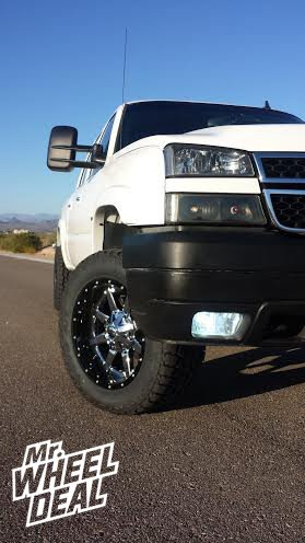 "20x10"" Fuel Maverick Wheelswith LT305/55/20 Toyo Open Country AT II Tires on a 2006 Chevy Silverado"