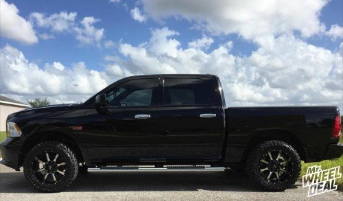"""20x10"""" Machined Face Moto Metal 970 -24mm wheels with 33x12.50x20 Atturo Trail Blade MT tires on a 2015 Ram 1500"""