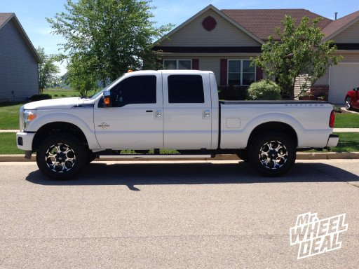 """20x9"""" Fuel Dune Wheels with 35X12.50R20 Nitto Trail Grappler Tires on a 2014 Ford F-250"""