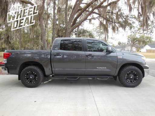 """18"""" XD Series 778 and Toyo Open Country MT tires on a '12 Tundra"""