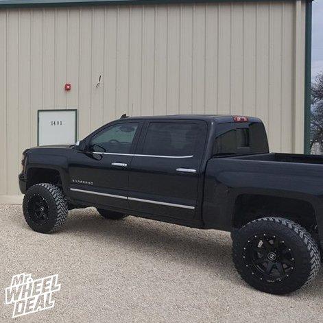 """20x12"""" Hostile Alpha -44mm Black wheels with 35X12.5R20LT Atturo Trail Blade MT tires on a 2015 Chevy Silverado 1500"""